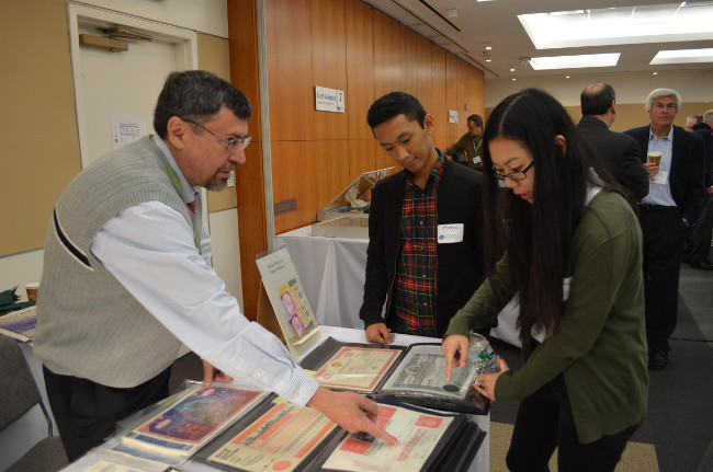 Fred Fuld works with visiting students